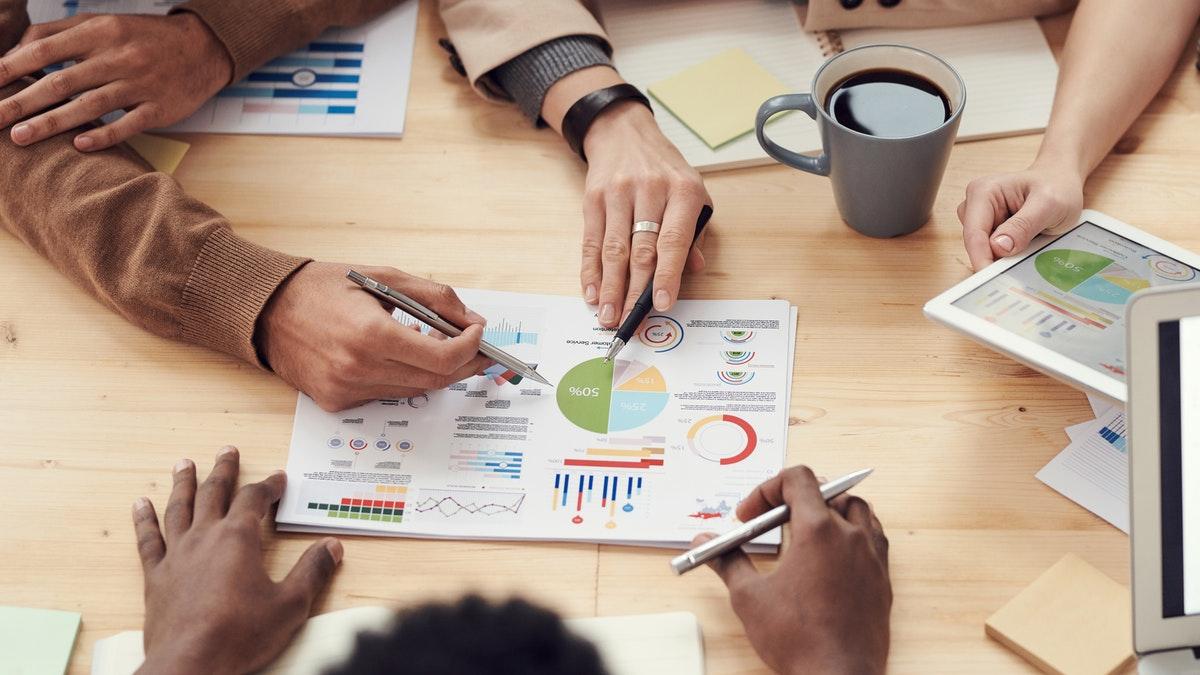 Técnicas de vendas: da abordagem comercial a negociação