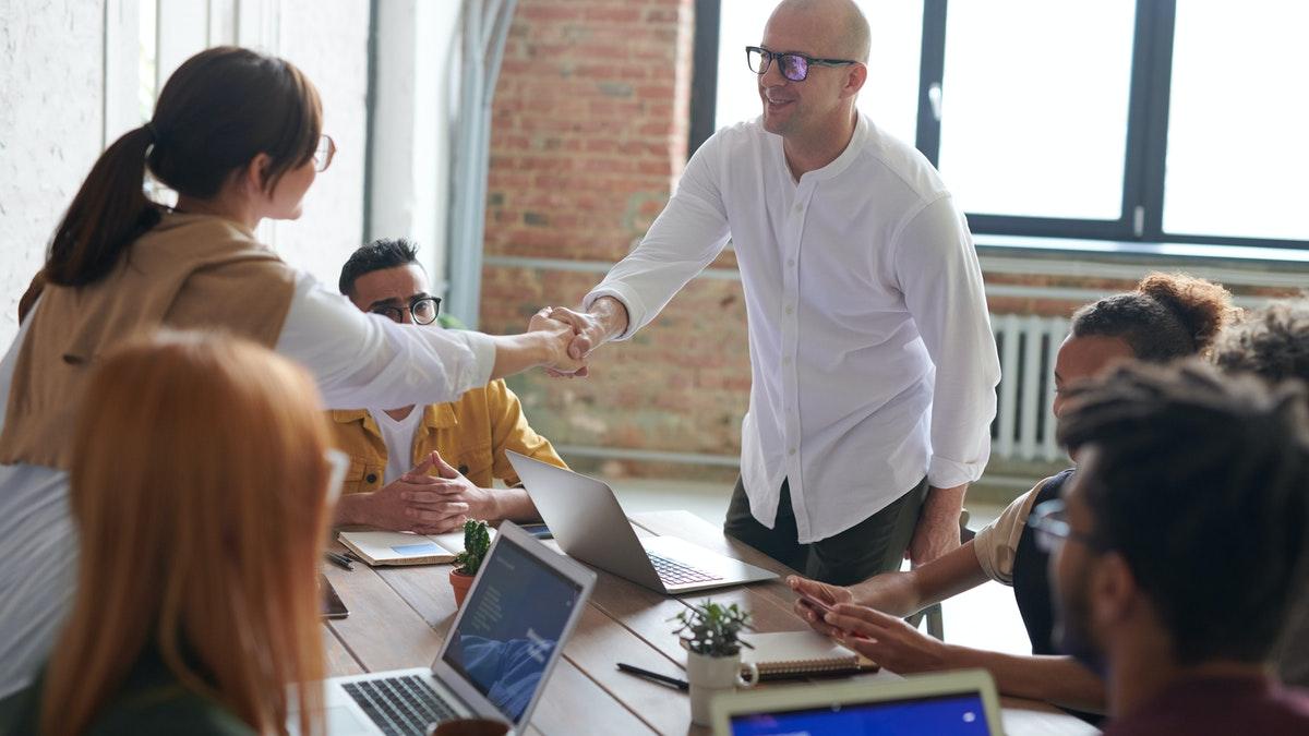 Atendimento consultivo: o que é e como utilizar para aumentar suas vendas