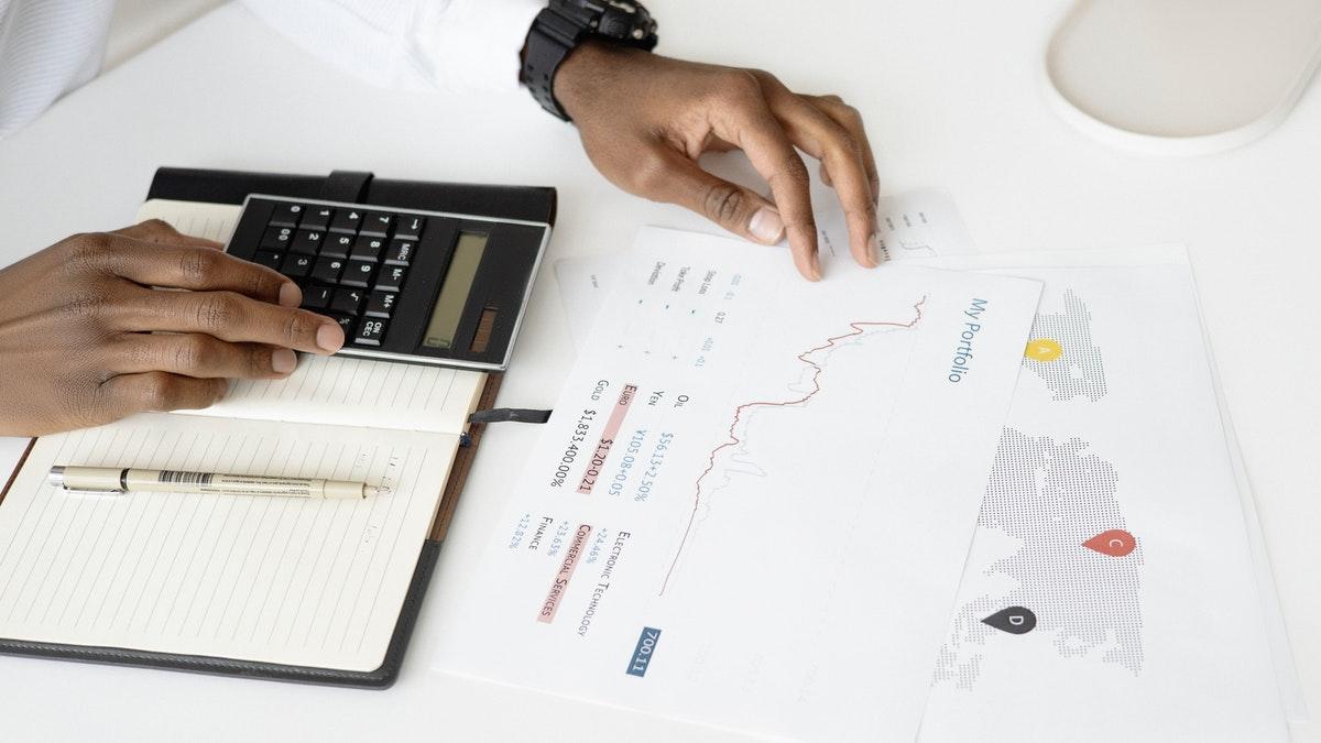 Como bater metas de vendas? 5 dicas simples para começar agora
